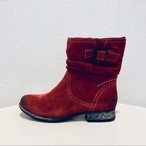 Earth Beaufort Wide Women Granet  Bootssz:8.5D/NWT
